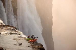 kayak-waterfall-adrenaline-rush-at-victoria-falls-zambia-africa